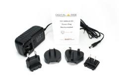 Steckernetzteil 12V 2000mA mit DC-Rundstecker (ø5.5/2.1mm) am Geräteanschluss und 4 länderspezifischer AC-Stecker (EU/UK/US/AUS) für DVBSky USB, Lemaker Guitar & Hikey, etc